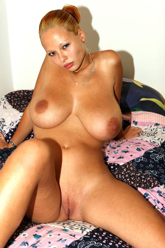 Nakna Stora Bröst